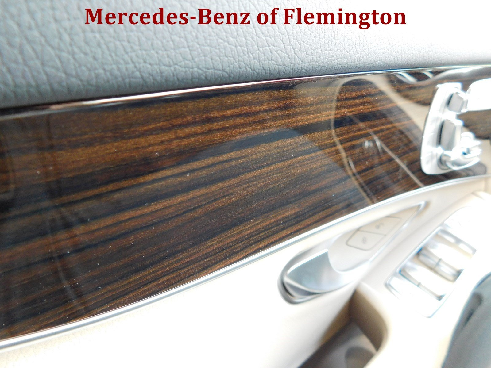 New 2018 mercedes benz glc glc 300 suv in flemington for Mercedes benz glc 300 accessories
